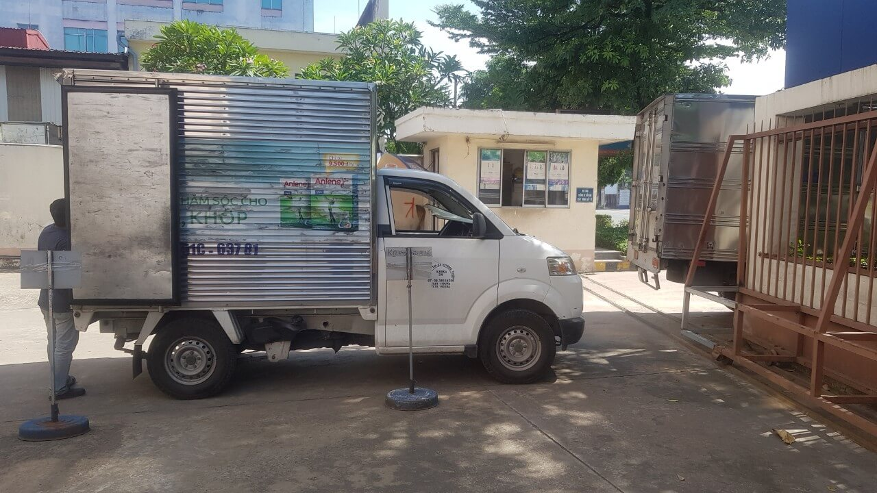 Hình thật xe tải nhỏ 500kg chở thuê của Vận Tải 365
