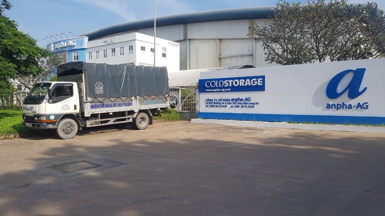 Xe tải chở hàng quận Tân Phú của Vận Tải 365