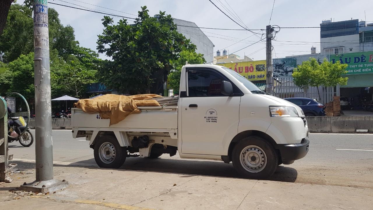giá thuê xe tải chở hàng quận Tân Phú