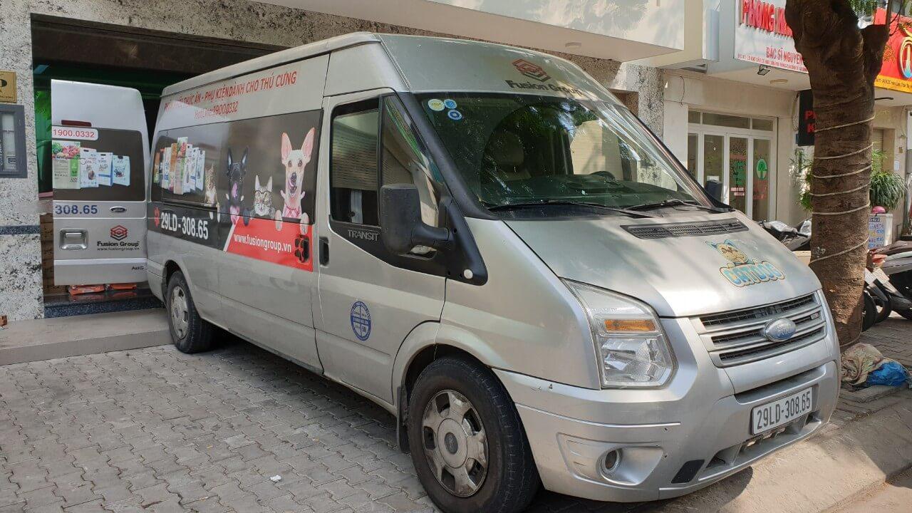 cho thuê xe tải van Ford Transit chở hàng giá rẻ